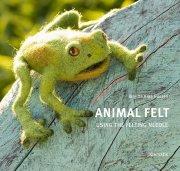 animal felt using the felting needle - bog