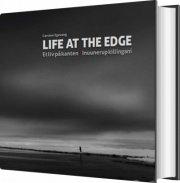 life at the edge - et liv på kanten - bog