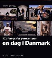 en dag i danmark - bog