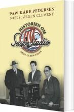 historien om saga studio - bog