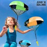 legetøjs faldskærm udspringer - Udendørs Leg