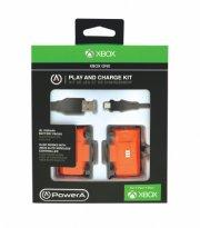 xbox one play and charge kit med 2 batterier + usb kabel - Konsoller Og Tilbehør