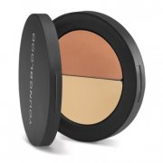 youngblood ultimate corrector - Makeup