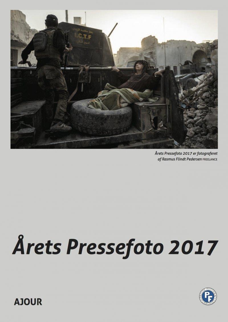 årets Pressefoto 2017 - Diverse - Bog