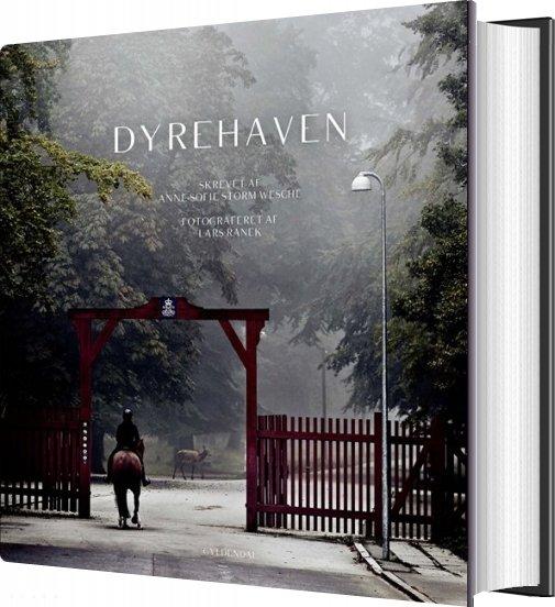 Image of   Dyrehaven - Anne-sofie Storm Wesche - Bog