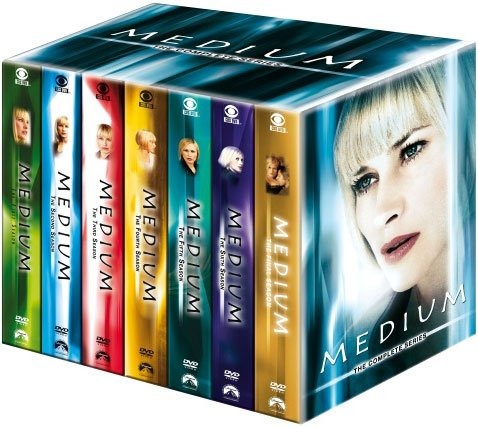 Medium - Sæson 1-7 - Den Komplette Boks - DVD - Tv-serie