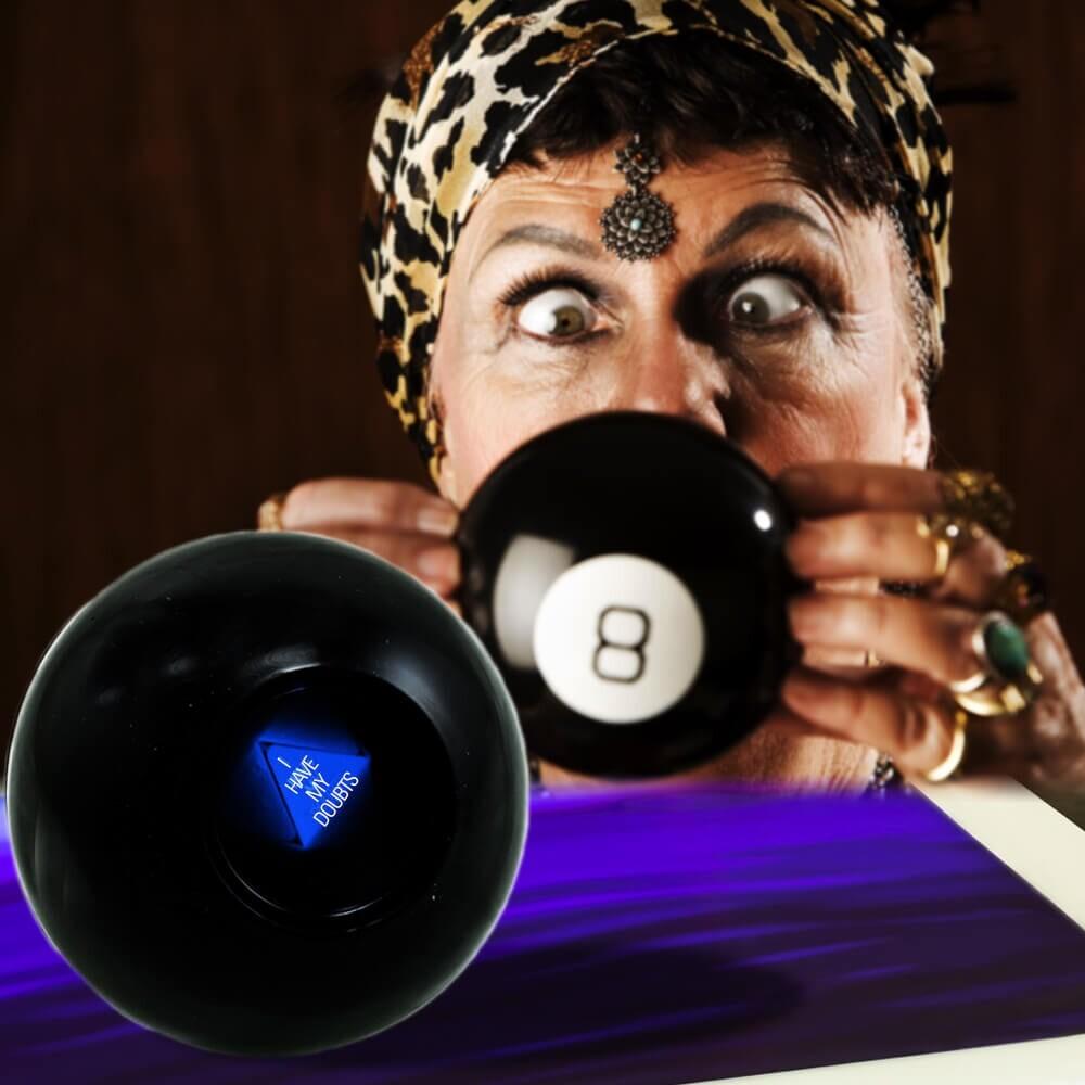 Image of   Mystisk 8 Ball