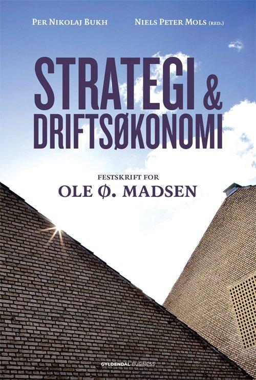 Image of   Strategi & Driftsøkonomi - Per Nikolaj Bukh - Bog