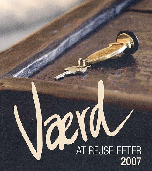 Image of   Værd At Rejse Efter - Lars Weis - Bog